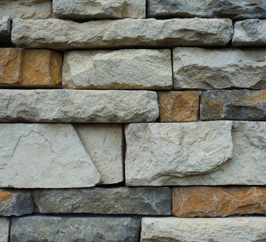 Natursteine: Sandstein, Granit